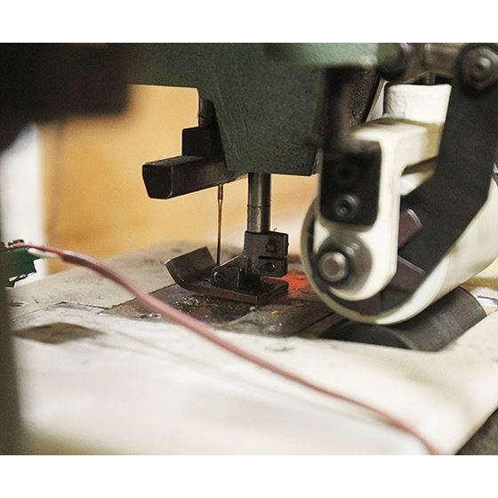 DFB-1412P 122 Needle Chainstitch Sewing Machine 2