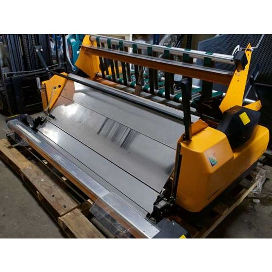 AUTOMATIC FABRIC SPREADER 2